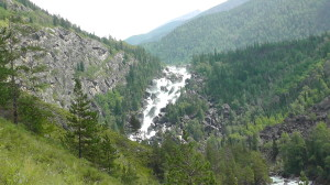 Водопад Учар в Горном Алтае